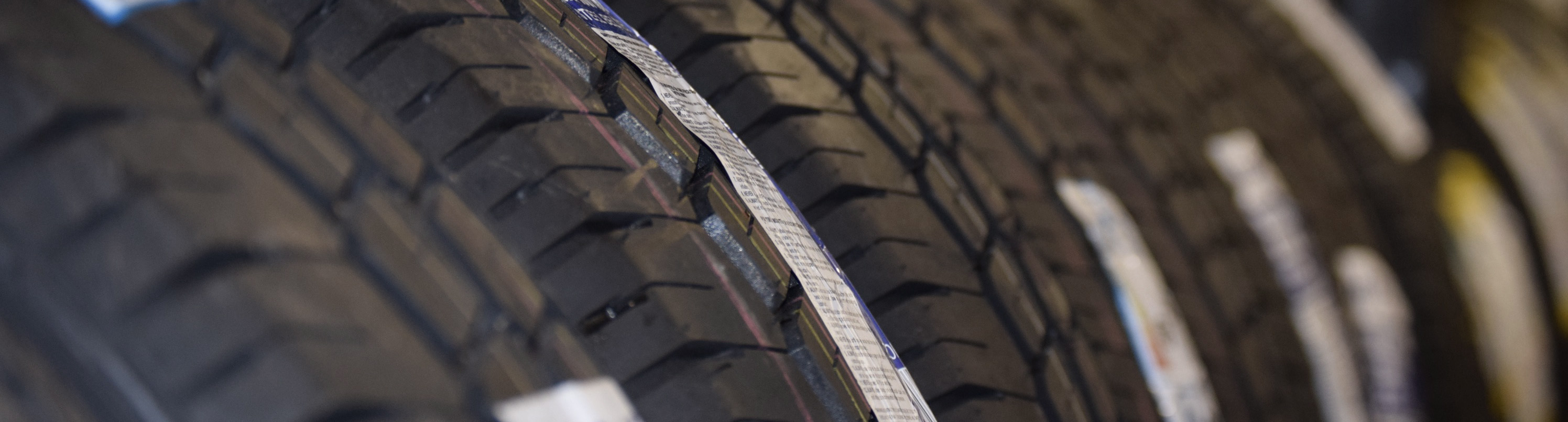 A VAST SELECTION OF TYRES FROM ALL MANUFACTURERS
